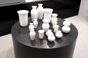 Manufakturen-Blog: Noch eine Neuheit von Dibbern - weiße Vasen für unter hundert Euro (Foto: Wigmar Bressel)