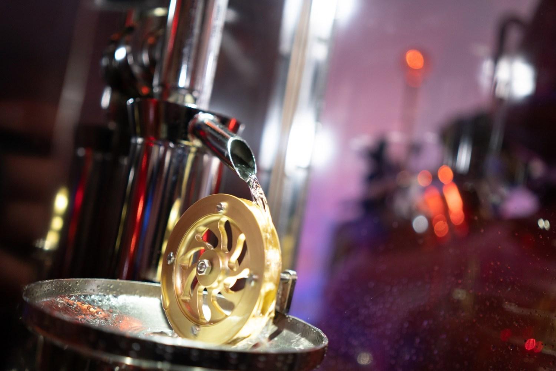 Manufakturen-Blog: Scheibel destilliert wieder über Gold - über ein goldenes Mühlrad (Foto: Scheibel)