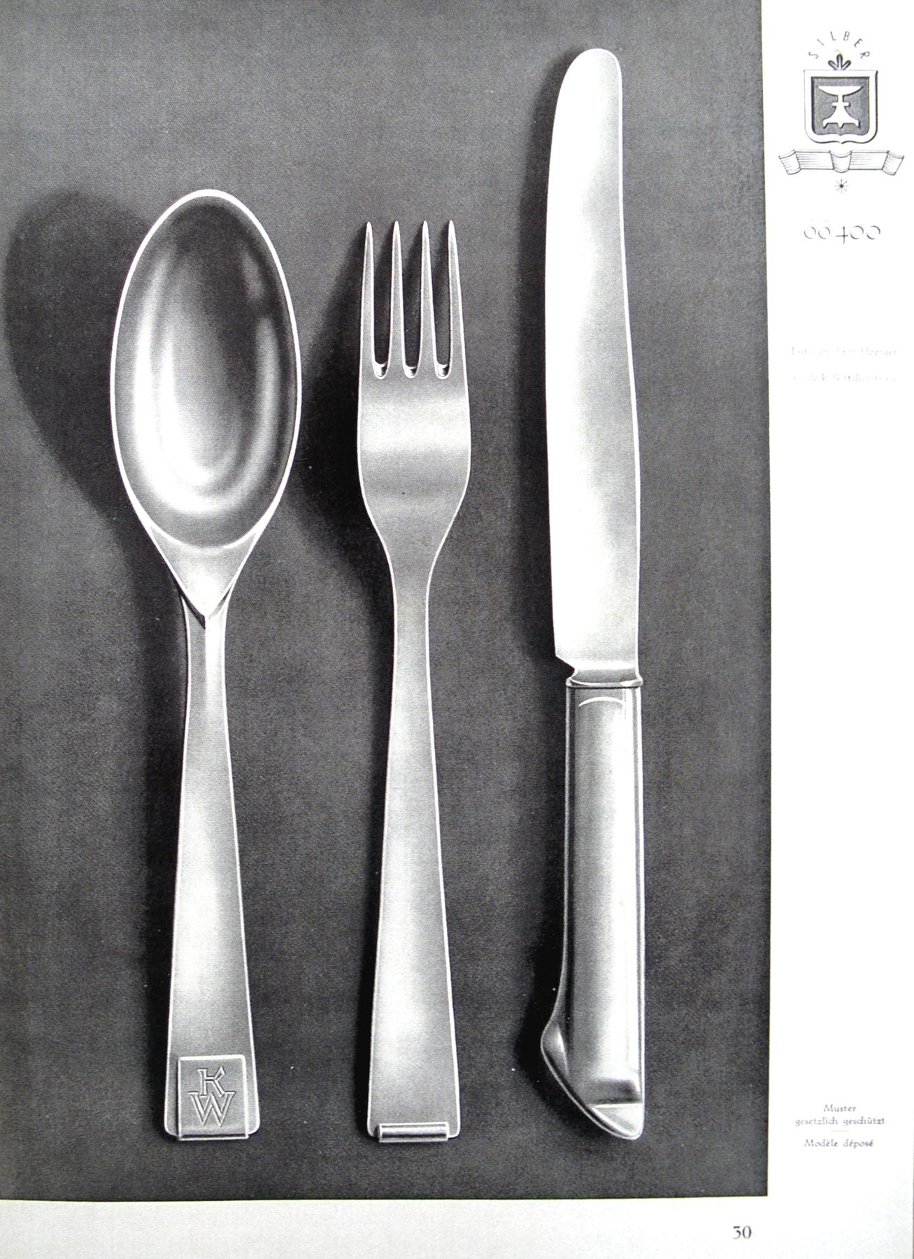 Manufakturen-Blog: Bernhard Hoetgers Besteck 66400 im Katalog von Koch & Bergfeld - die Gabelrückseite zeigt schön den Umschwung nach hinten (Repro: Wigmar Bressel)