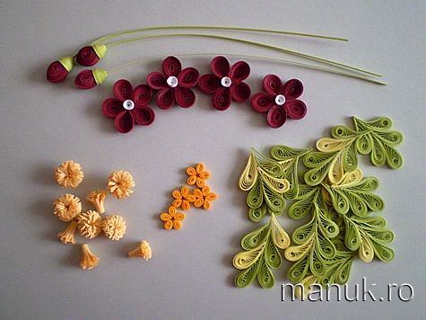 Quilled Flower Arrangements with Tutorial