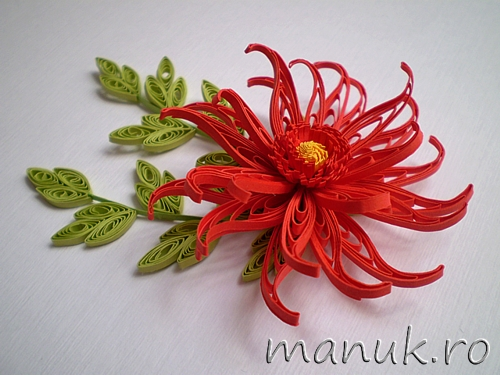 Homyachok Quilling Challenge #1: Solo – Quilled Red Dahlia