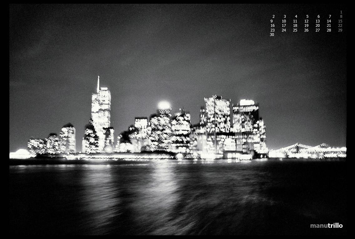 Manhatan vista desde el barco que lleva a los trabajadores de vuelta a Staten Island. Año 1995, aún existían las gemelas.