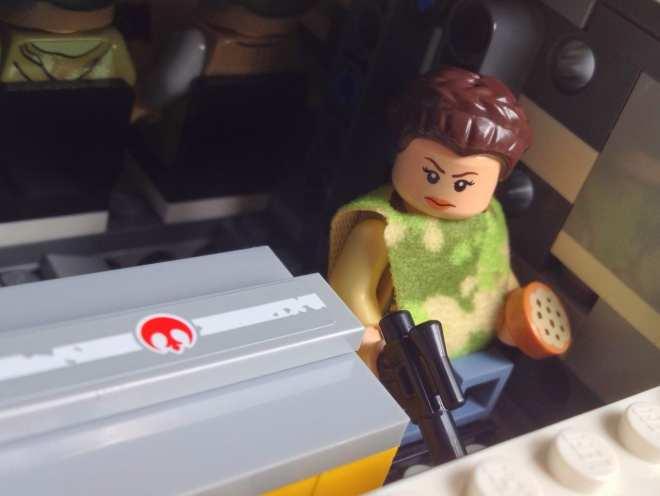 LEGO Star Wars Imperial Shuttle Tydirium 75094, LEGO Princess Leia minifig, Princess Leia LEGO minifig Endor ooutfit