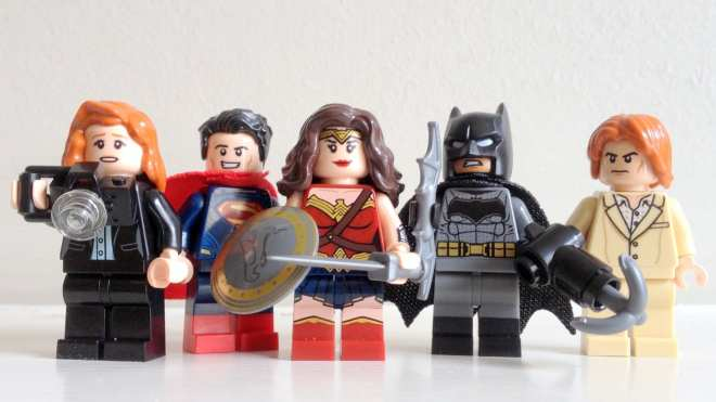 LEGO DC Heroes of Justice Sky High Battle review (76046) minifigures
