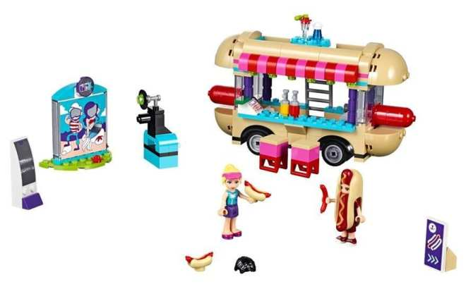 LEGO Friends Amusement Park Hot Dog Van 41129 packshot