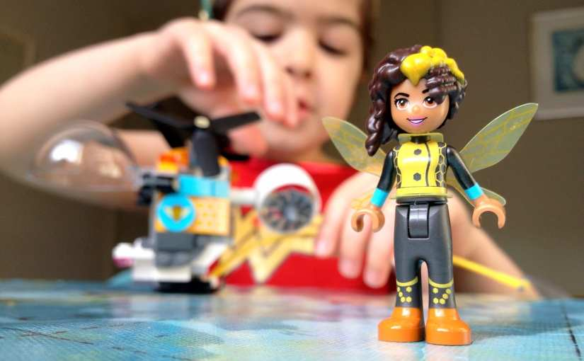 DC Super Hero Girls LEGO Bumblebee Helicopter Set (41234)