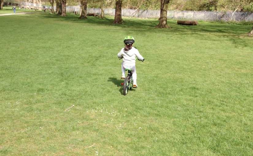 Riding bike without stabilisers