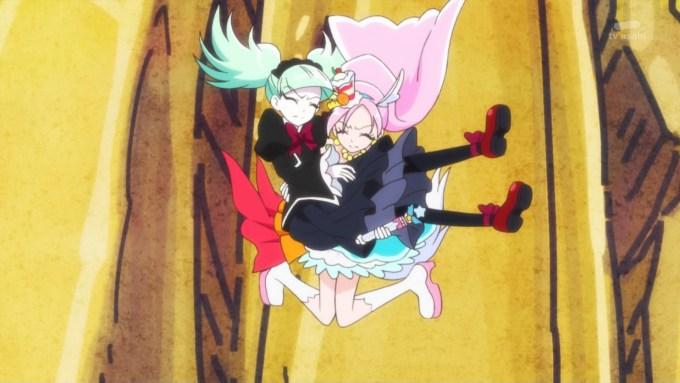 ビブリーをお姫様抱っこするキュアパルフェ