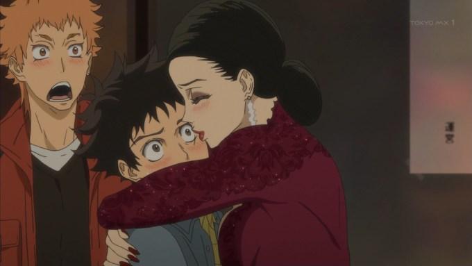 富士田多々良にキスをする本郷千鶴