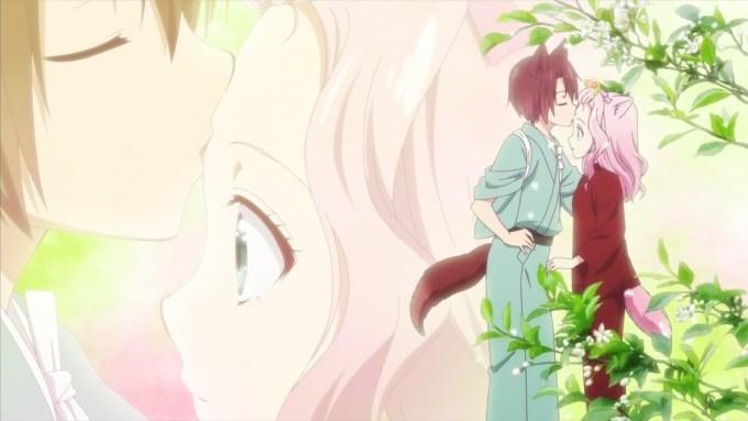 蓮のおでこにキスをする棗