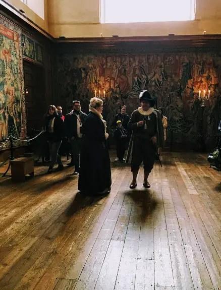 Costumed actors giving a tour of Hampton Court Palace
