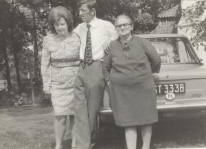 Ryszard Stachewicz z mamą Salomeą i siostrą Teresą