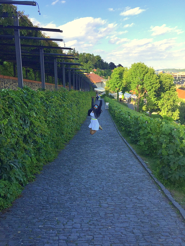 Offbeat Prague: Jumping with joy in the vineyard