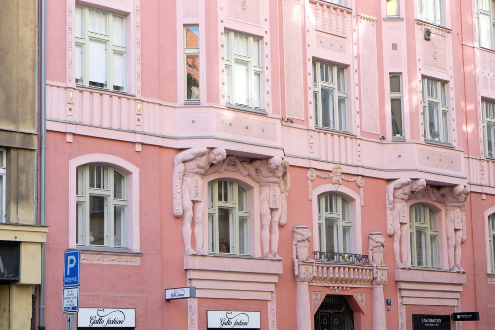 Offbeat Prague: unique architecture in the Jewish quarter