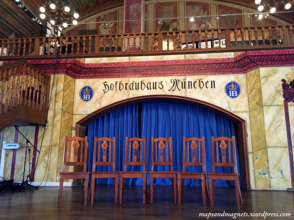 Offbeat Munich: Hofbrauhaus beerhall interiors