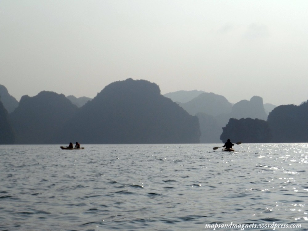 ha long bay kayaking