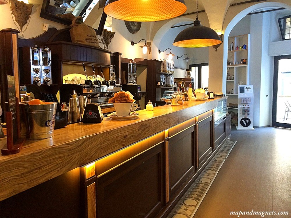 News cafe coffee bar in Florence