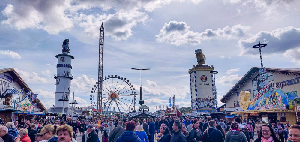 Atmosphere in the grounds of Oktoberfest