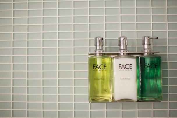 Hotel Andra Bathroom