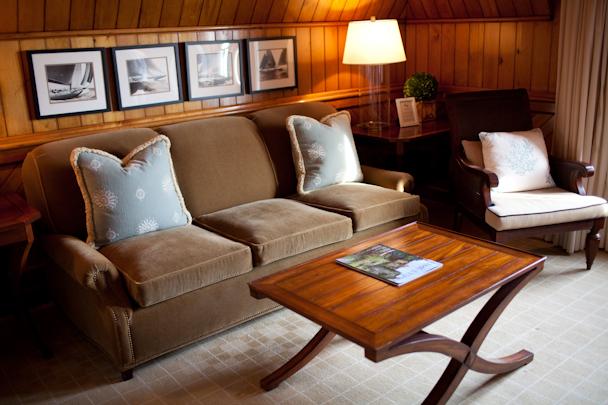 Castle Hill Inn Suites