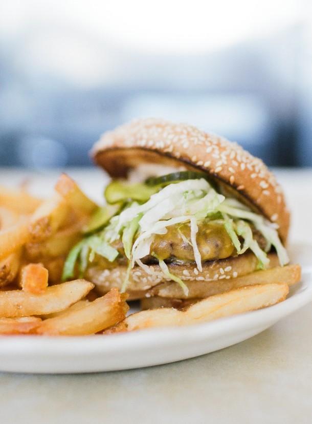 Palace Diner Cheeseburger