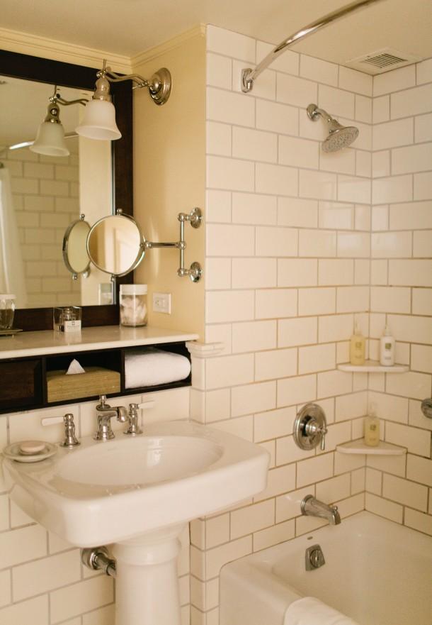 Woodstock Inn Bathroom