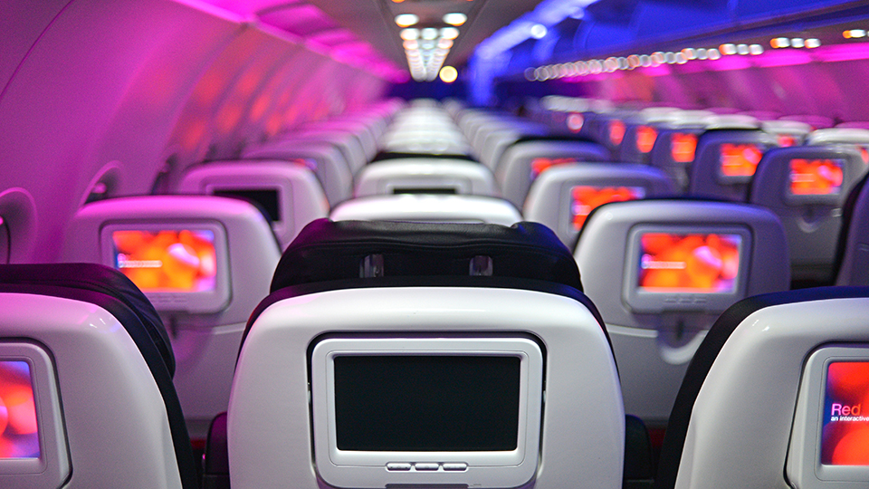 When There Are No Seats Left on the Plane via @maphappy