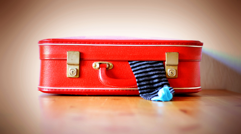 The PackingEssentials Tool Literally Tells You What To Pack via @maphappy