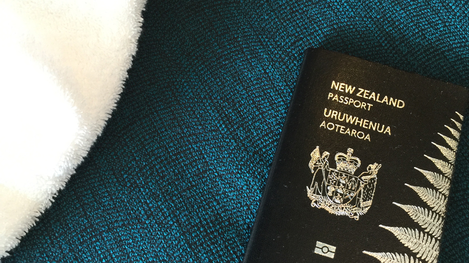 A Dumb But Highly Effective Trick To Prevent a Lost Passport via @maphappy