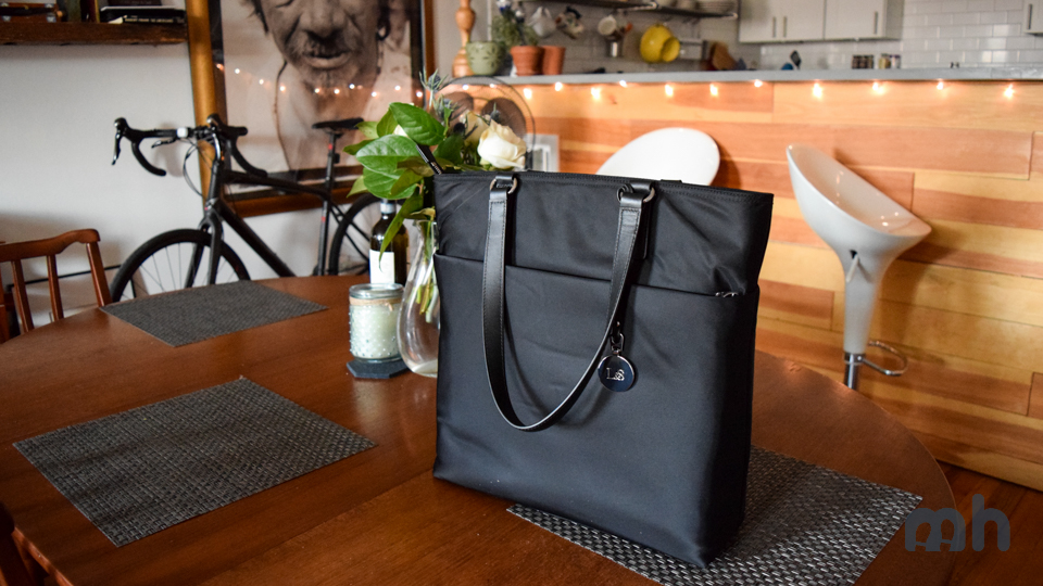 Review: The Lo & Sons T.T. May Not Be the Perfect Work Tote You Think It Is via @maphappy