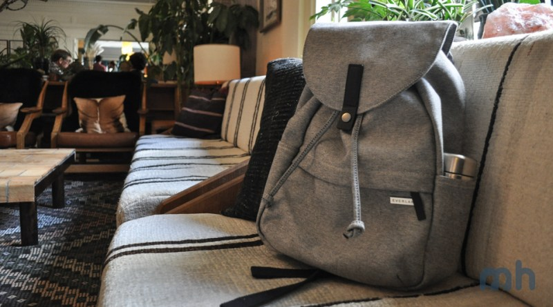 The Everlane Modern Twill Single Snap Backpack Is a Great Buy for the Price