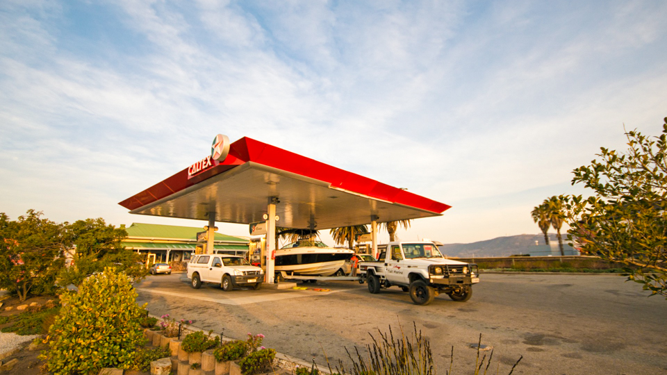 These Calculators Will Figure Out the Cost of Gas for Road Trips via @maphappy