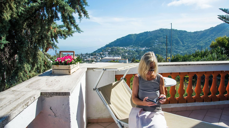 The Guide To Hotels That Have Free Wi-Fi via @maphappy