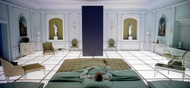 2001-monolito