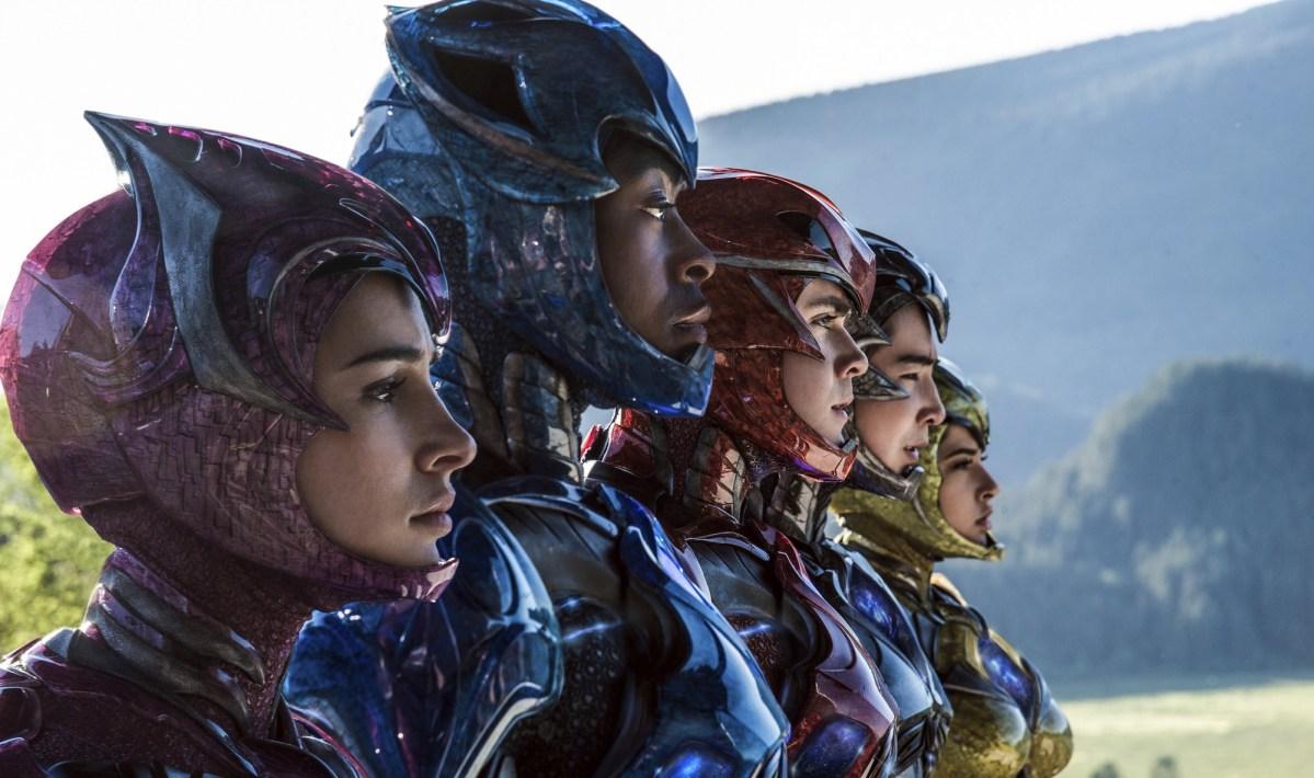 Crítica: Power Rangers dá um passo pra trás e dois pra frente