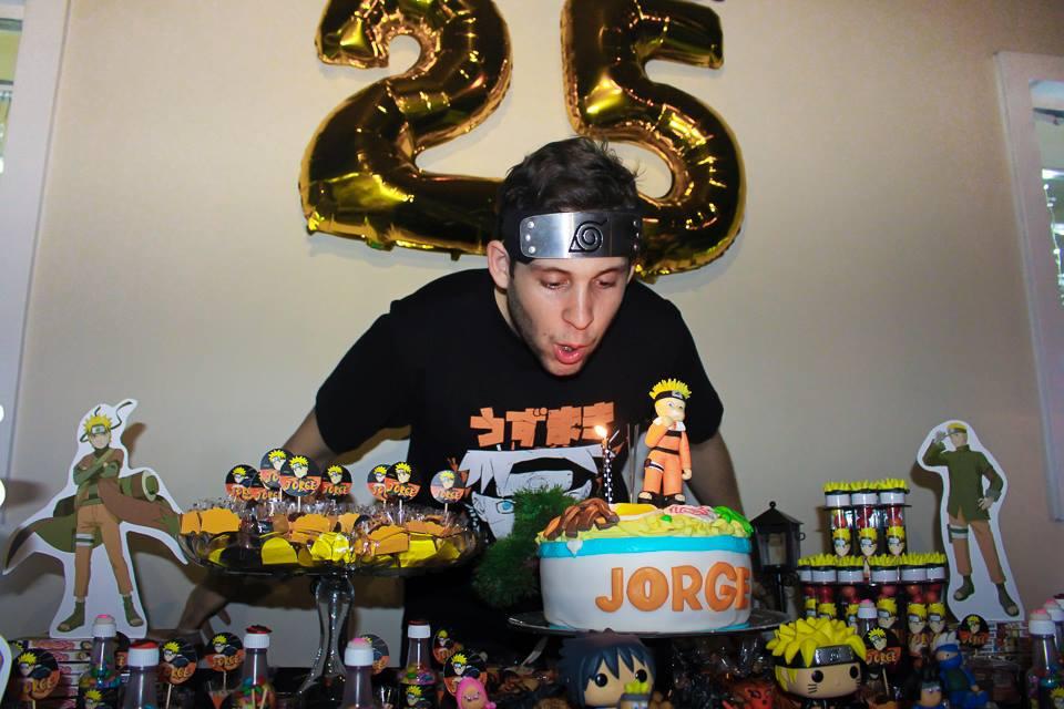Manaura ganha aniversário temático de Naruto e fotos viralizam