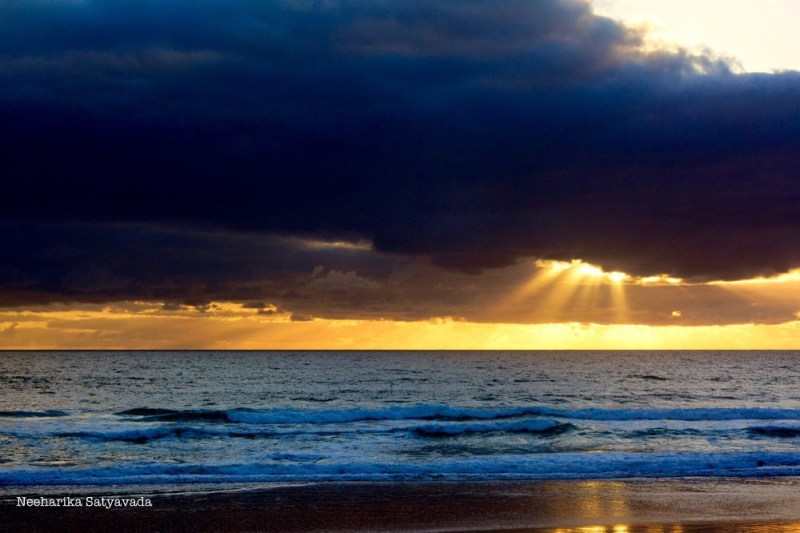 sunrise_beach_clouds_goldcoast