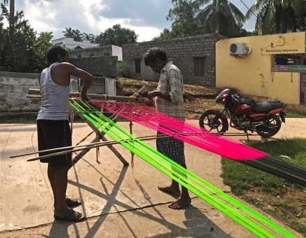 uppada village sarees_Weavers counting threads