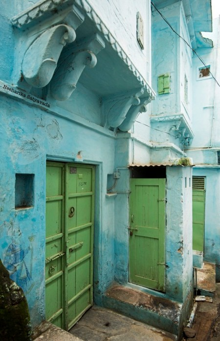 Udaipur Heritage Walk_doors and colours.jpg