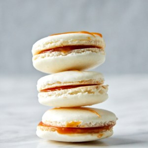 Salted caramel macarons - The perfect sweet and savoury combo!   mapleetchocolat.com