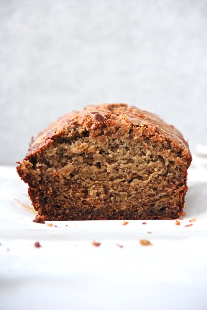 Refined Sugar Free Banana Bread with a Peanut Butter Swirl - This healthy banana bread is the perfect snack on these cold winter days!   mapleetchocolat.com