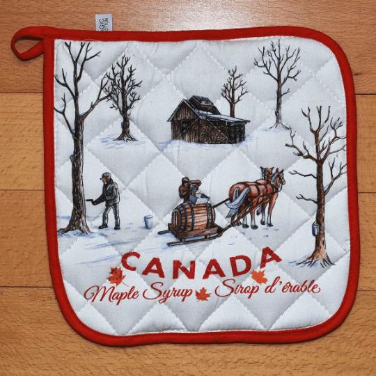 Canada Gift Potholder kitchen Maple Syrup design cotton 2