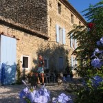 La Fleur Bleue: restaurant and gîtes in the Provence