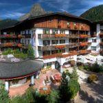 Hotel La Perla Corvara: splendid hotel in the Dolomites