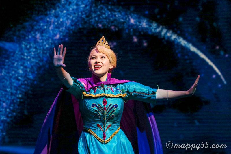 カリフォルニアのアナハイムディズニーでやってるアナと雪の女王のミュージカル