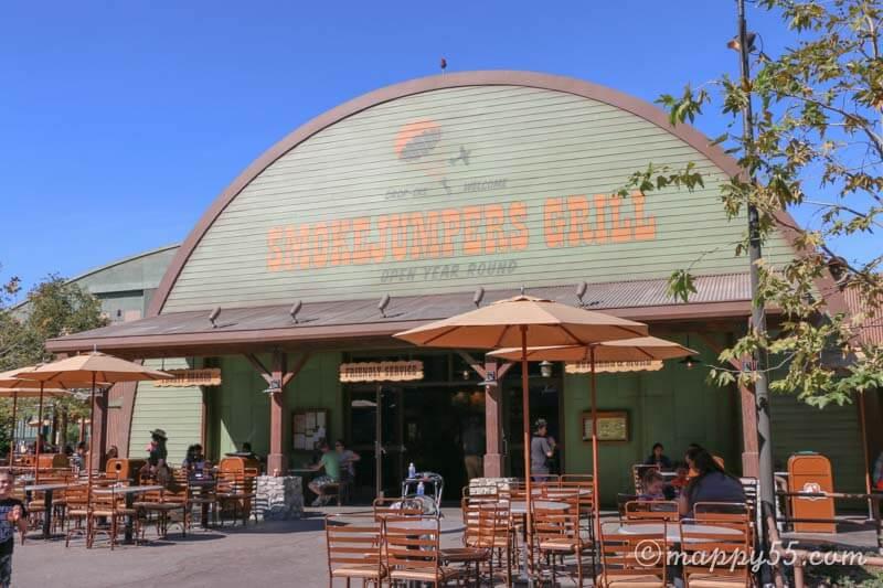 カリフォルニアアドベンチャーにあるスモークジャンパーズグリル