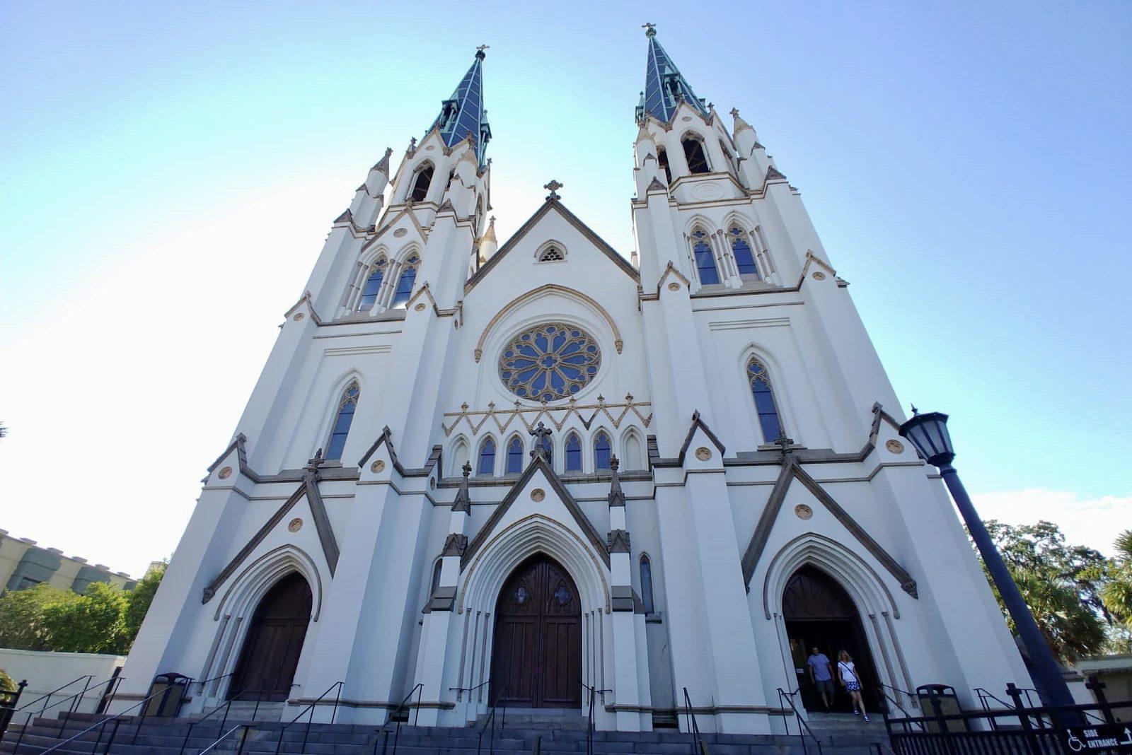 Discover the top photo spots in Savannah, Georgia!