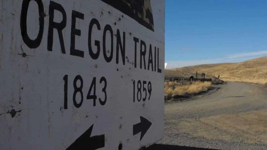 Best-Road-Trips-in-North-America-Oregon-Trail-