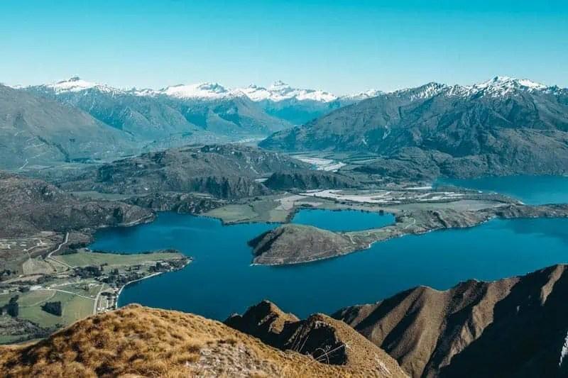 Roys-Peak-Zempire-Wanaka-Outdoor-Travel-Family-Best-Hikes-in-Australia-and-New-Zealand