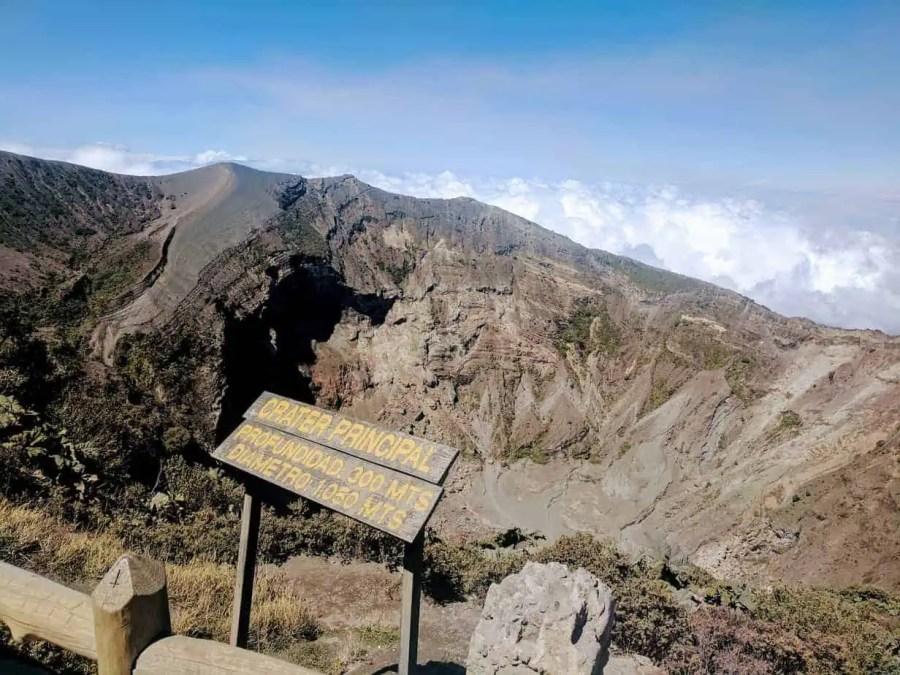 Crater-Principal-Irazu-Volcano-Costa-Rica-Kerry-Hanson-Vegg-Travel-Best-Hiking-in-Central-America